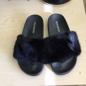 Steve Madden Black Fuzzy Sandals
